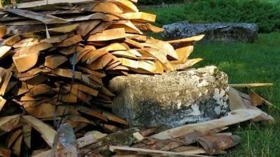Glamoč, drva, stećci